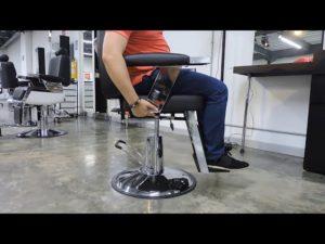 ¿Cúal es el Funcionamiento ecualizable neumático sillas de barbería Royal?